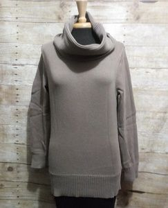 Style & Co. Light brown crowl neck sweater